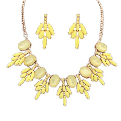 Discount yellow acrylic stone decorated sweet design alloy Jewelry Sets