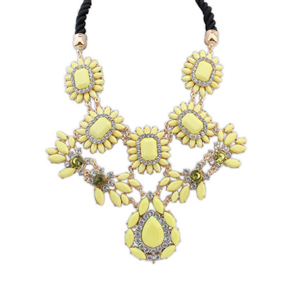 Bendable yellow gemstonedecoratedflowerdesign alloy Bib Necklaces
