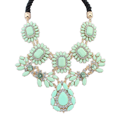 Misses lightgreen gemstonedecoratedflowerdesign alloy Bib Necklaces