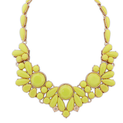 Wool yellow gemstonedecoratedsimpledesign alloy Bib Necklaces
