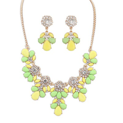 Piercing yellow & green gemsotne decorated petal design alloy Jewelry Sets