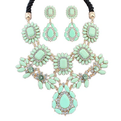 Beige light green gemstone decorated flower design alloy Jewelry Sets