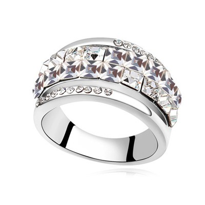 Claddagh white CZ diamond decorated Double row design alloy Crystal Rings