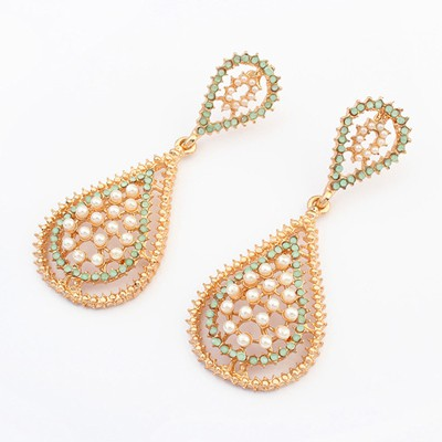 Hippie gold color pearl decorated waterdrop design alloy Korean Earrings