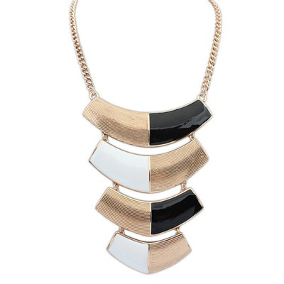 Quilted black & white metal decorated curved design alloy Bib Necklaces