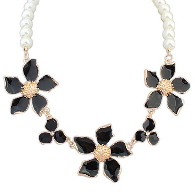 Newborn black flower decorated pearl design alloy Bib Necklaces