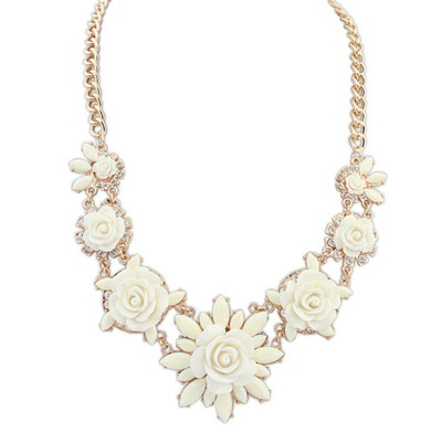 Short beige sweet flower decorated simple design alloy Bib Necklaces