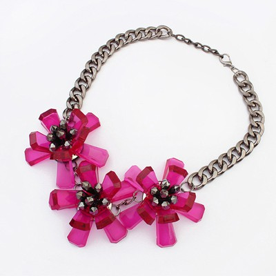 Preppy purplish red flower decorated simple design resin Bib Necklaces