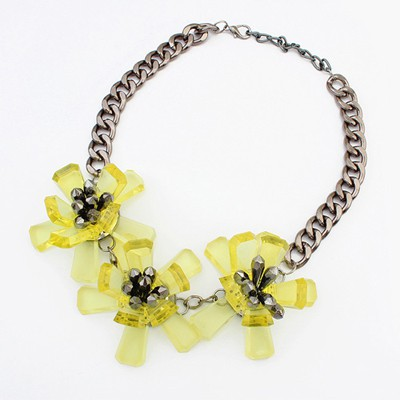 Fantasy yellow flower decorated simple design resin Bib Necklaces