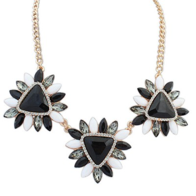 Wide black & white gemstone decorated flower design alloy Bib Necklaces