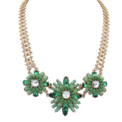 Stretch green gemstone decorated flower design alloy Bib Necklaces