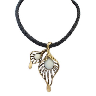Couture beige leaf decorated hollow out design alloy Bib Necklaces