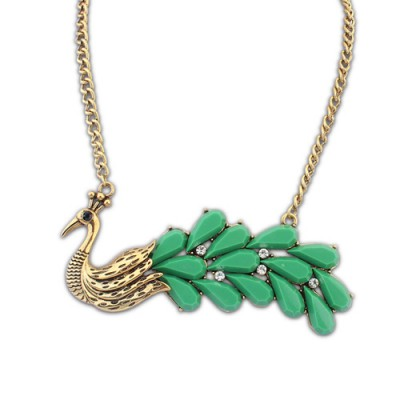 Jogging green gemstone decorated peacock shape design alloy Bib Necklaces