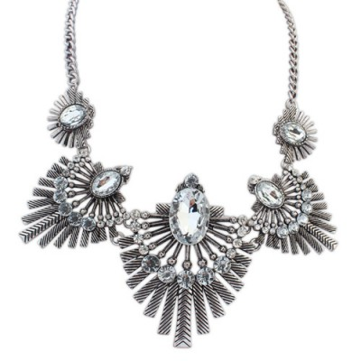 Quality white & ancient silver diamond decorated fan shape design alloy Bib Necklaces