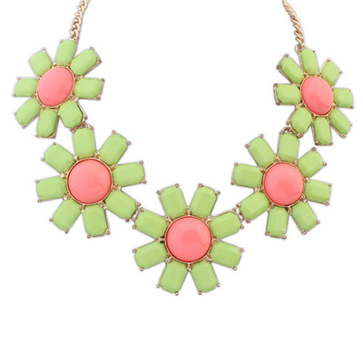 Streamline green gemstone decorated flower design alloy Bib Necklaces
