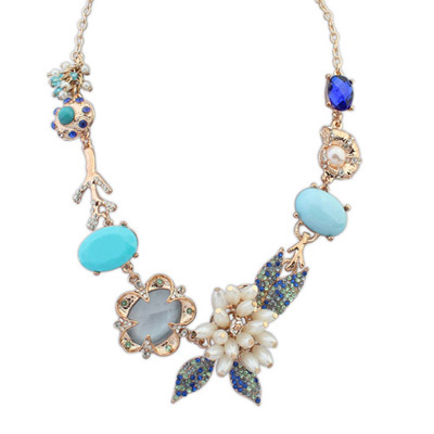 Outlook blue pearl decorated flower design alloy Bib Necklaces
