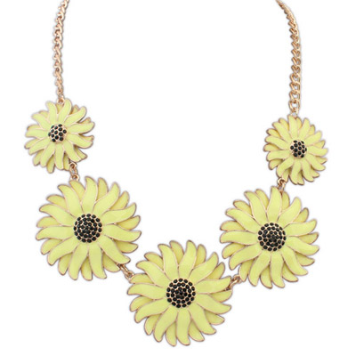 2013 yellow flower decorated simple design alloy Bib Necklaces
