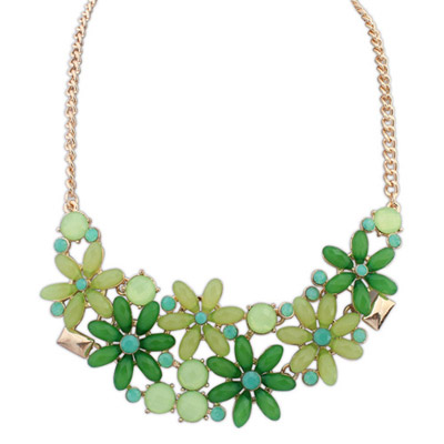 Rosary green gemstone decorated flower design alloy Bib Necklaces