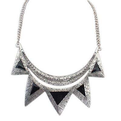 Memorable black triangle shape decorated simple design alloy Bib Necklaces