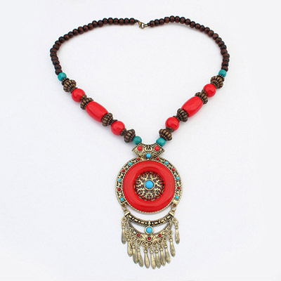 Scottish Red Round Pendant Decorated Tassel Design Alloy Bib Necklaces