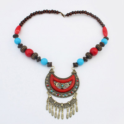 Everlas Red Hollow Outmoon Decorated Tassel Design Alloy Beaded Necklaces