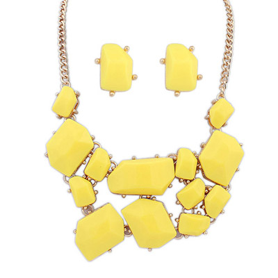 Photograph Yellow Gemstone Decorated Irregular Shape Design Alloy Jewelry Sets