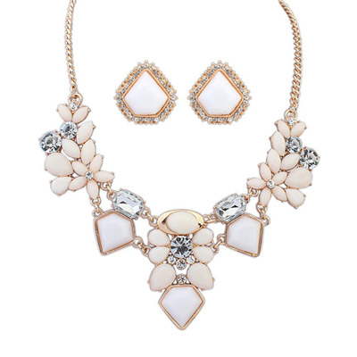 Modest Beige Diamond Decorated Geometrical Shape Design Alloy Jewelry Sets