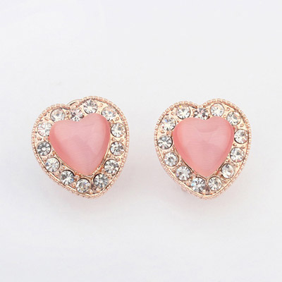 Classical Pink Diamond Decorated Heart Shape Design Alloy Stud Earrings