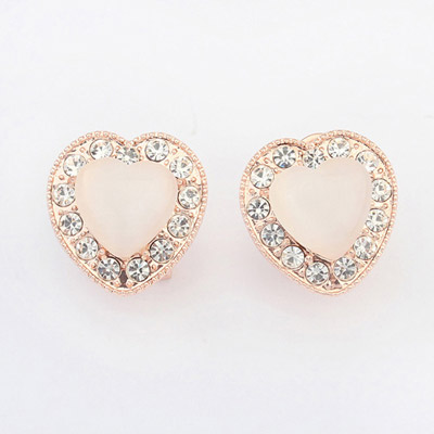 Estate White Diamond Decorated Heart Shape Design Alloy Stud Earrings