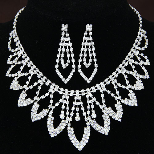 Fashion White Diamond Decorated Leaf Shape Hollow Out Design