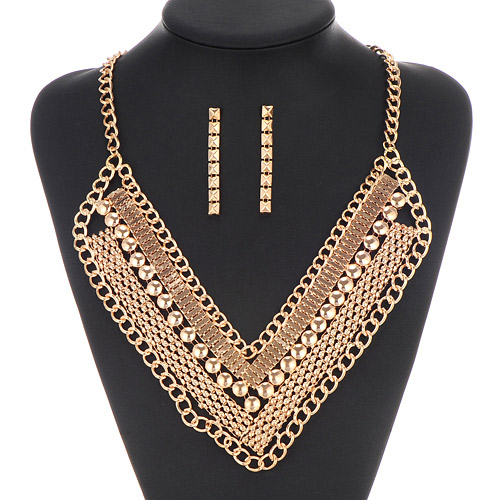Exaggerate Gold Color Chain Weave Decorated V Shape Design