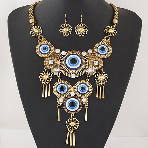 Retro Gold Color Round Shape Pendant Decorated Tassel Jewelry Sets