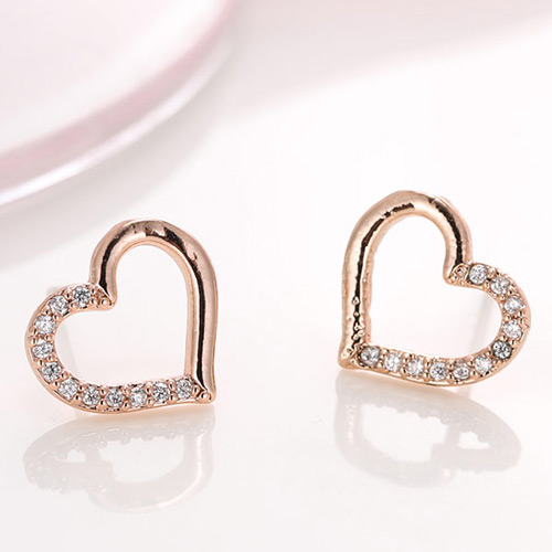 Elegant Rose Gold Hollow Out Heart Shape Decorated Simple Earrings