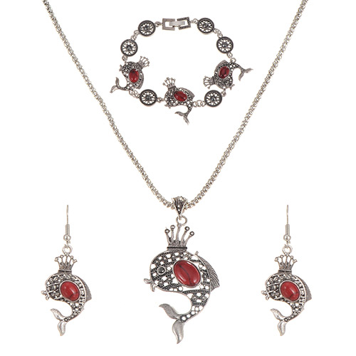 Personality Red Hollow Out Fish Pendant Decorated Jewerly Sets