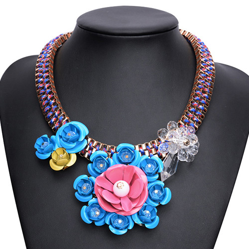 Exaggerated Blue Big Flower Decorated Short Chian Collarbone Necklace