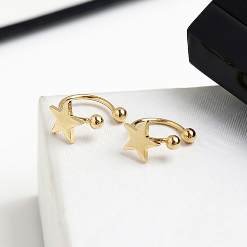 Cute Gold Color Star Shape Decorated Opening Desing Ear Clip