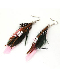 Fine Pink Feather Decorated With Bead Charm