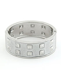 Creative White Row Rivet Alloy Fashion Bangles