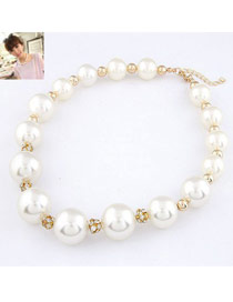 Handmade White Simple Pearl Design