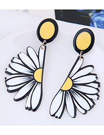 Fashion Yellow Chrysanthemum Shape Decorated Earrings