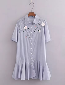 Fashion Multi-color Embroidery Flower Decorated Pure Color Dress