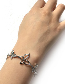 Elegant Silver Color Hollow Out Butterfly Decorated Bracelet