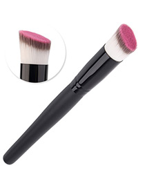 Trendy Black Oblique Shape Decorated Makeup Brush(1pc)