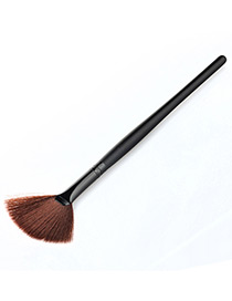 Trendy Black Sector Shape Decorated Simple Makeup Brush(1pc)
