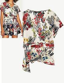 Fashion White Flower Pattern Decorated Simple Shirts