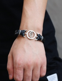 Fashion Black Buckle Decorated Bracelet