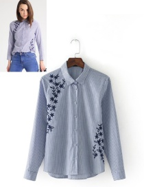 Fashion White+blue Embroidery Flower Decorated Shirt