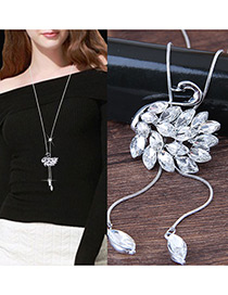 Elegant White Swan Shape Decorated Necklace