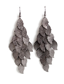 Exaggerated Gun Black Leaf Shape Decorated Earrings