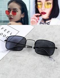 Vintage Black Square Shape Decorated Sunglasses